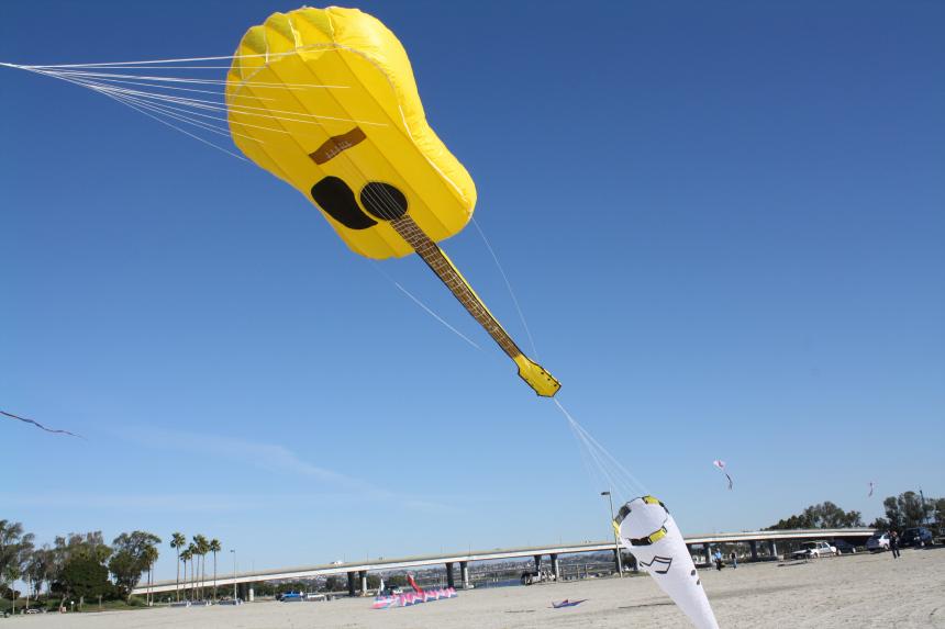 guitar-kite