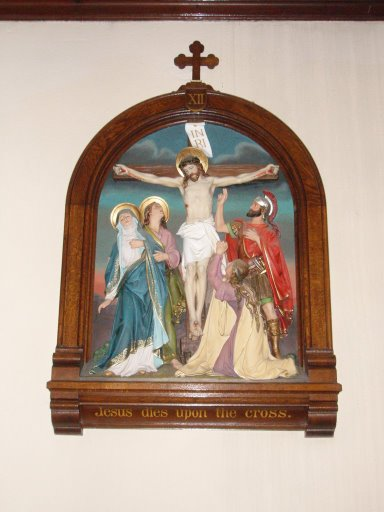 jesus-on-the-cross-with-mary