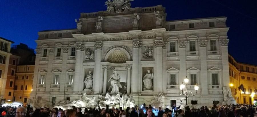 Fontana di Trevi em Roma, Itália