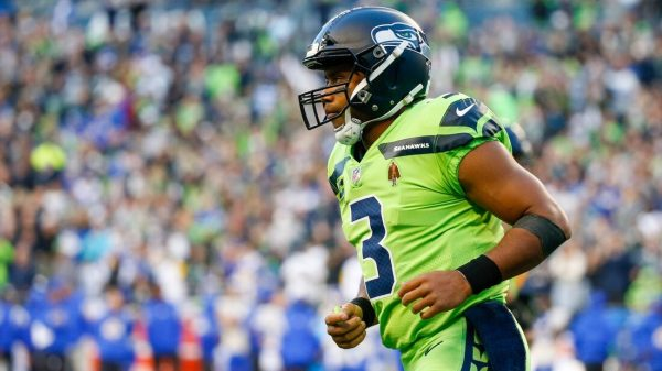 Seahawks QB Russell Wilson headed to injured reserve