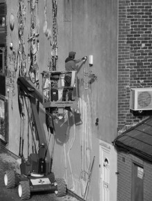 6. Work in Progress | Phlegm on Snuff Mill Lane | Sheffield 26 October 2016 | Outlining on Cherry Picker | © Postcard Cafe (sp1000522e)