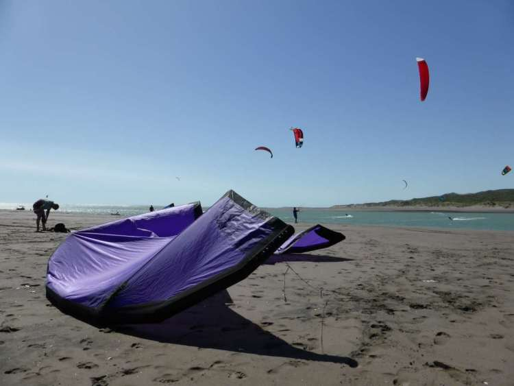 raglan kite surfing