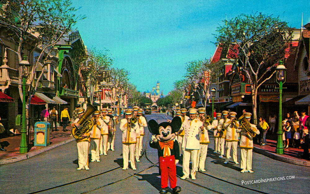 Mickey Mouse and the Disneyland Band (Postcard)