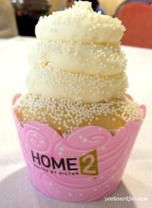 Gigi's Wedding Cake cupcake was amazing. (Photo by Ann Teget for postcarjar.com)