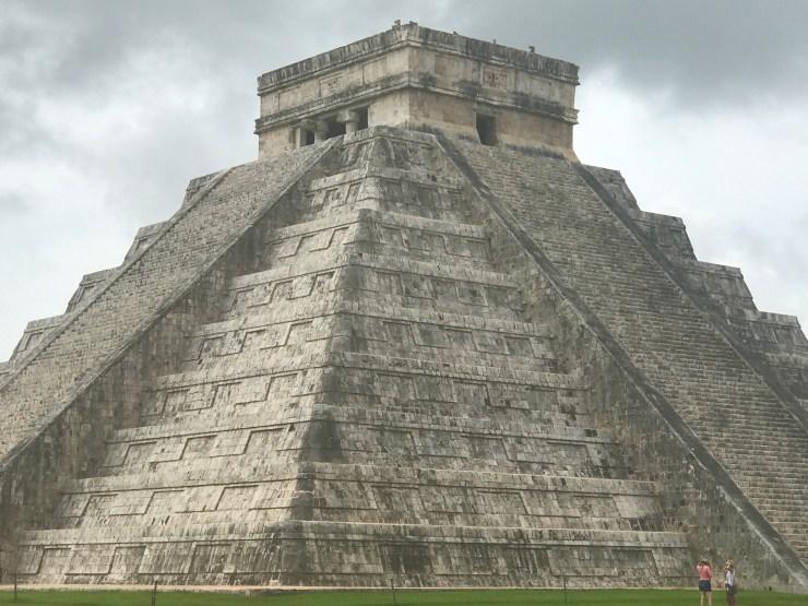 Chichén Itzá main pyramid, Mexico