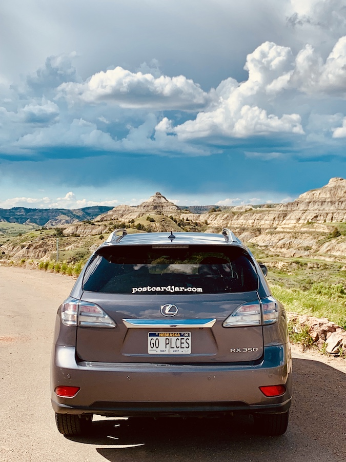 Vehicle for travel Lexus in ND