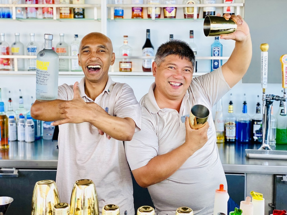 Cruise ship etiquette bartenders
