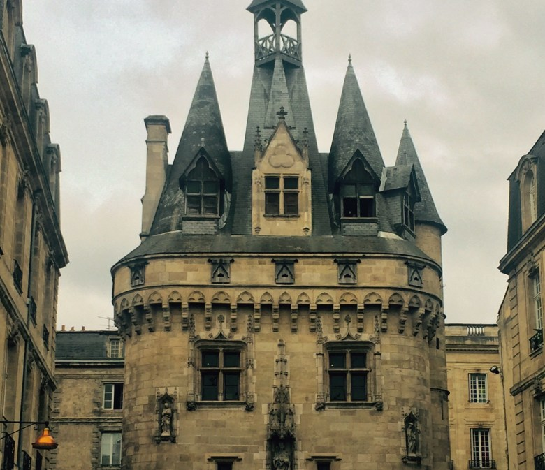 French Wine Lovers' Road Trip from Bordeaux