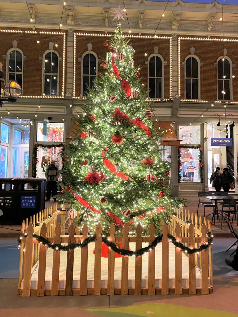 Magical Christmas Destinations for Kids in the USA