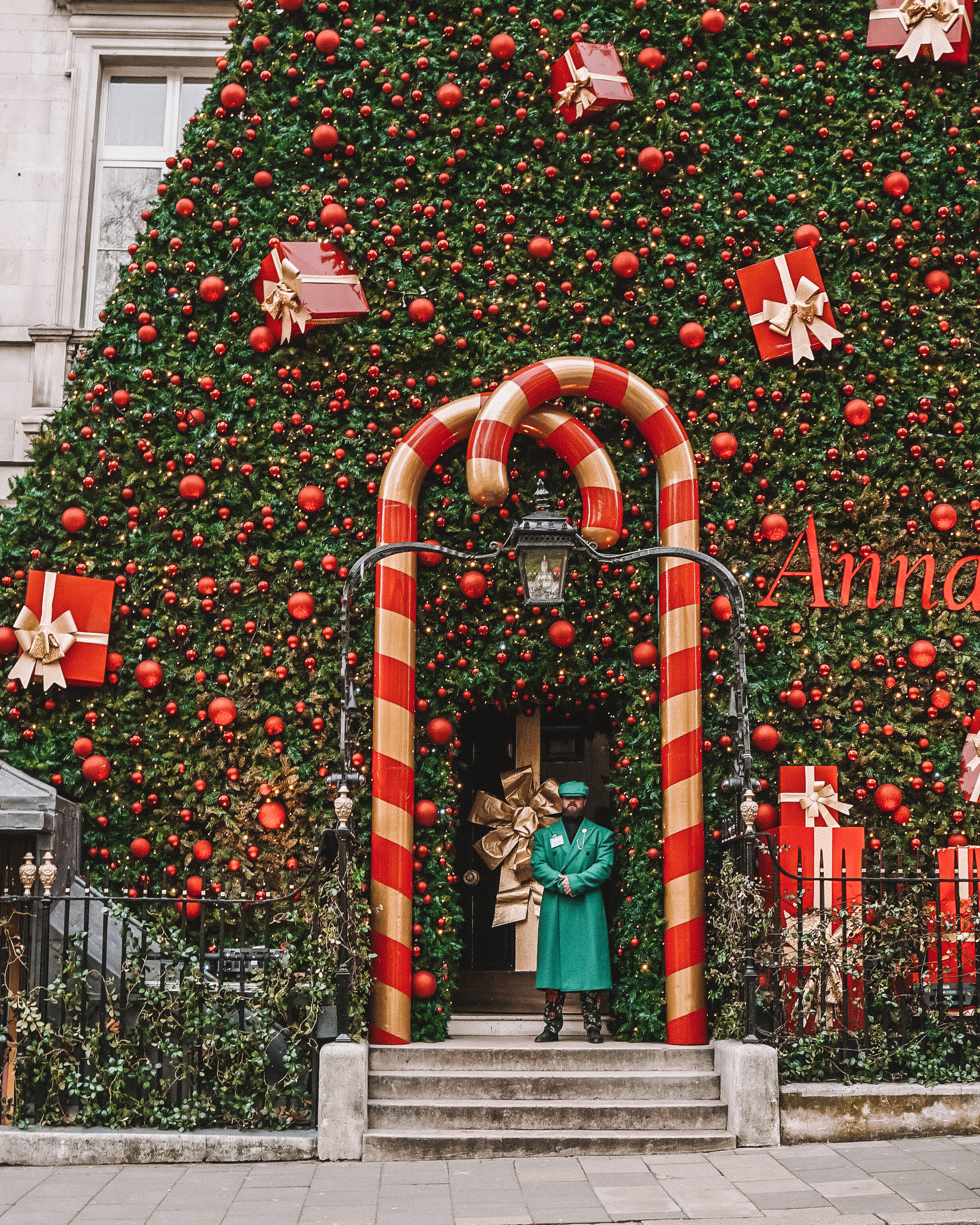 Christmas in London | London's Best Festive Displays | Annabel's