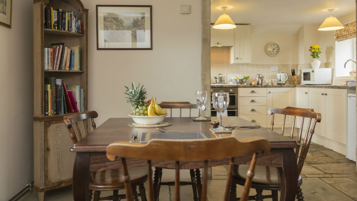 cosy_cottages_to_spend_christmas_in_the_bakehouse_dorset