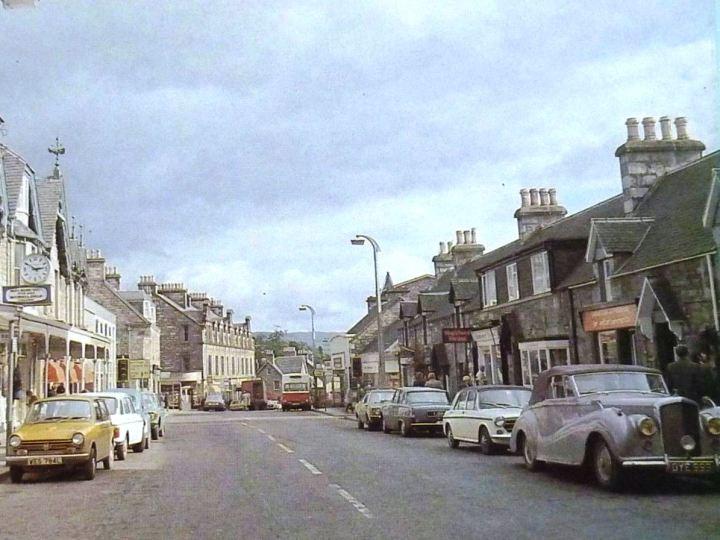 Bentley in Pitlochty