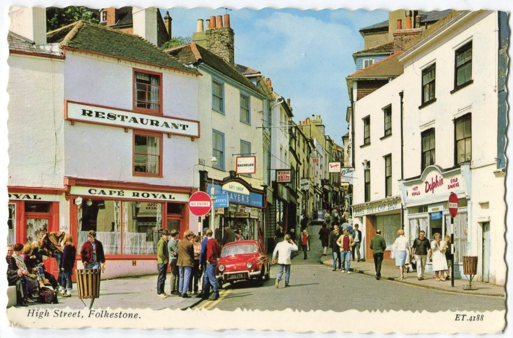 Postcard Renault Dauphine