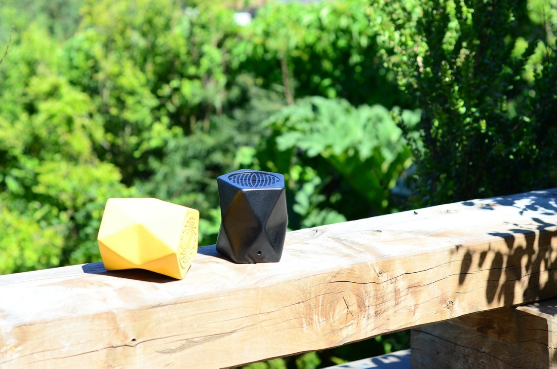 Waterproof Bluetooth Speaker, What to Pack for Hawaii