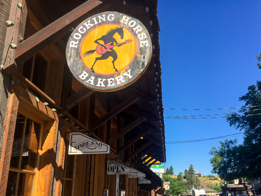 How to Spend a Weekend in Winthrop rocking horse bakery