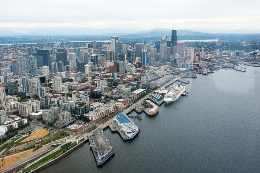 viewing seattle by seaplane downtown