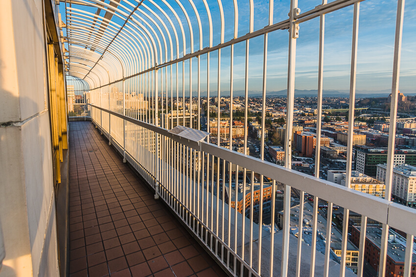top instagrammable spots smith tower deck