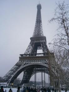 Eiffel_Tower_Paris