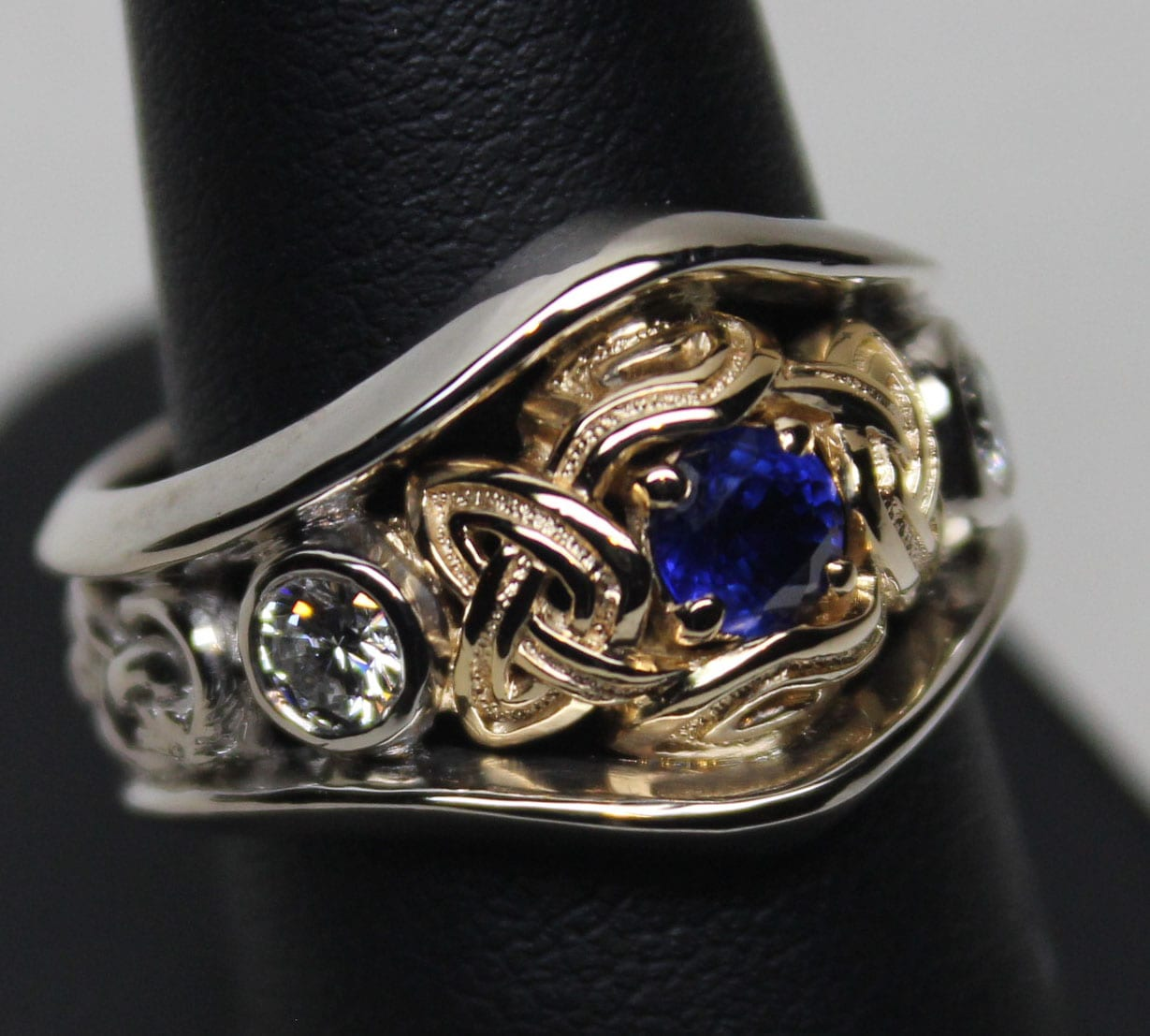 Bands and wedding rings, Special wedding ring designs we've
