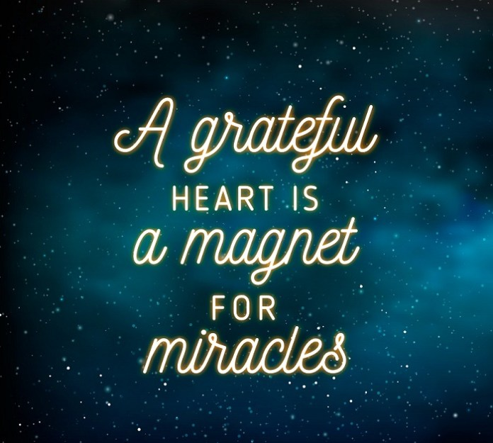 Inspirational gratitude quotes to aware you of the power of gratefulness. Try these 55 ways to feel grateful every day.