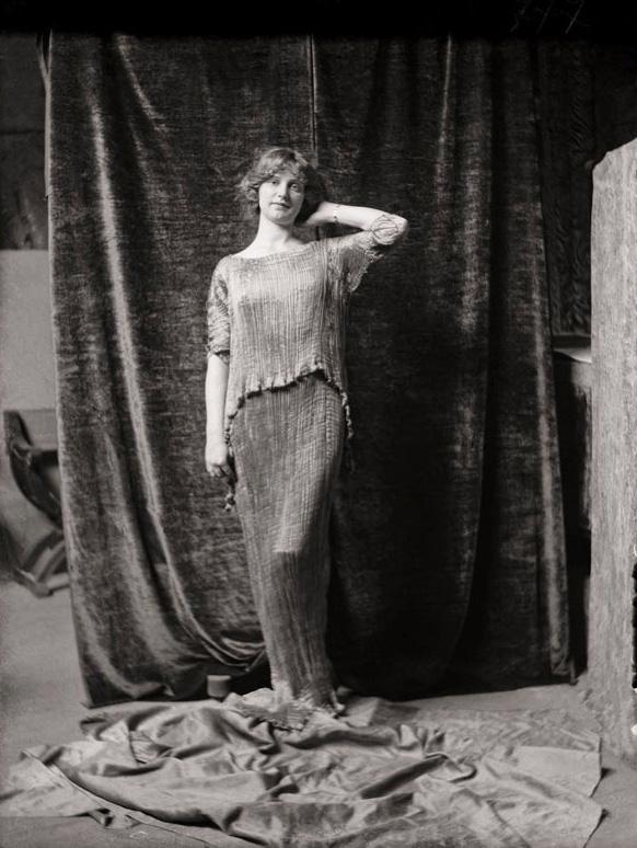 Il modello di un abito di Mariano Fortuny