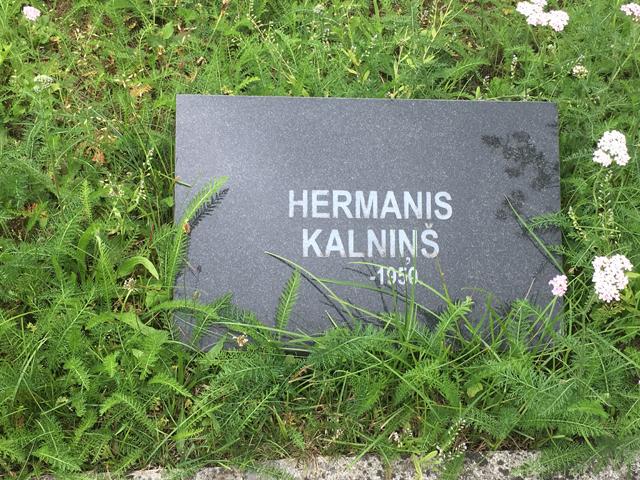 kobrin-kuldiga-cemetery-forest-brothers-memorial4