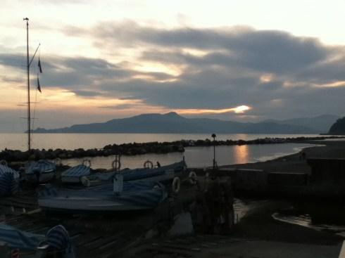Il tramonto dietro il promontorio di Portofino