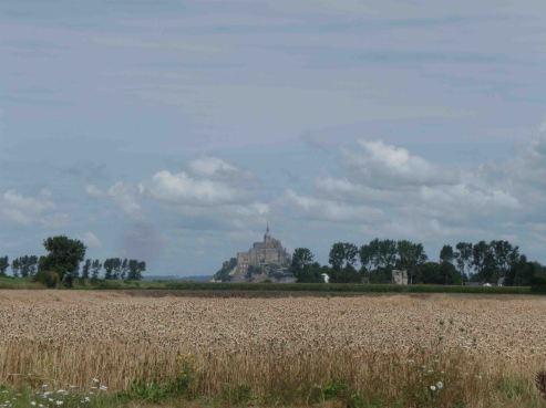 Mont-Saint-Michel avvistato da lontano