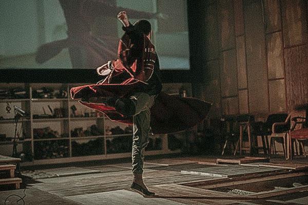 Postred-biko-georgian-dance-foley