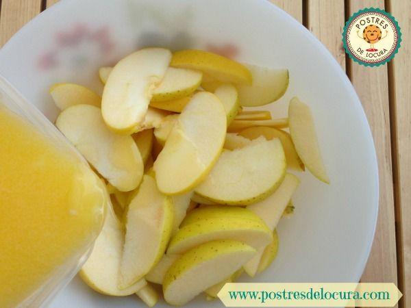 Gajos de manzana con mantequilla
