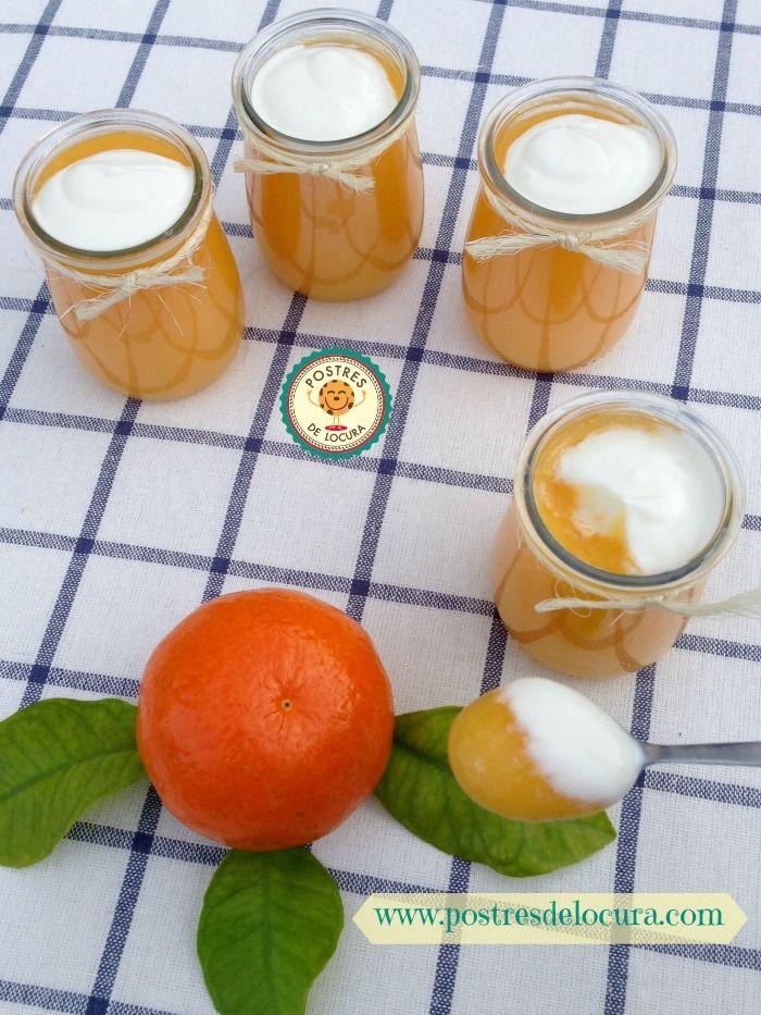 Gelatina con naranja, mandarina y yogur griego