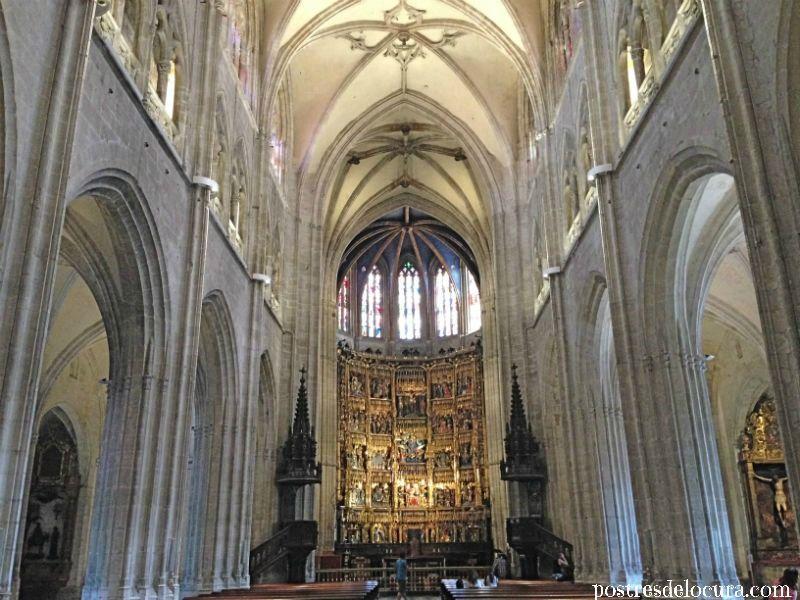 Interior catedral de Oviedo
