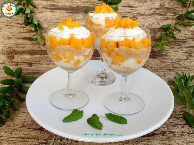 Postre facil de yogur y frutas