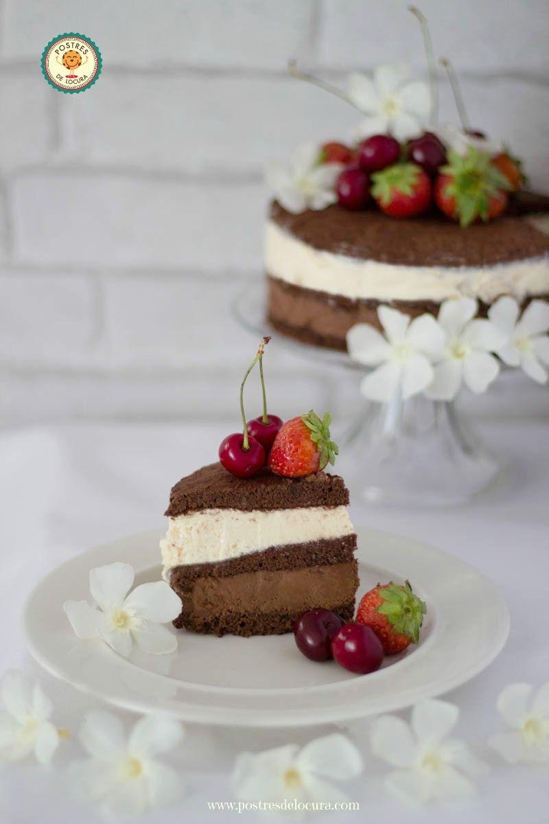 Porcion tarta helada de dos chocolates
