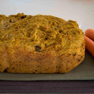 Pan de Zanahoria con Pasas y Nueces