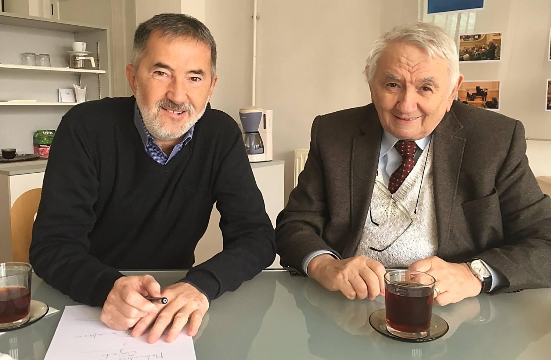 Impreuna cu dom' Profesor Stanasila, stabilind detaliile despre cum sa arate Culegerea de mate