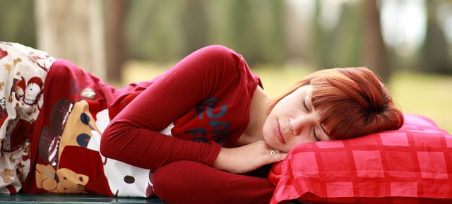 sleeping position effect on posture