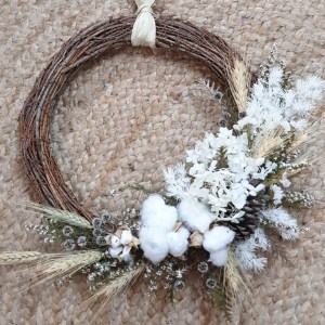 Xmas wreath with cotton and wheat