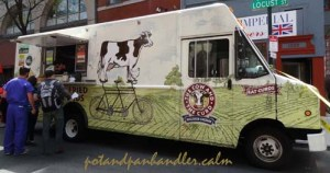The Cow and The Curd Food Truck Philadelphia, Pennsylvania