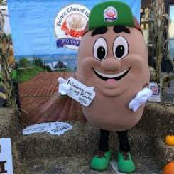 PEI potatoes2