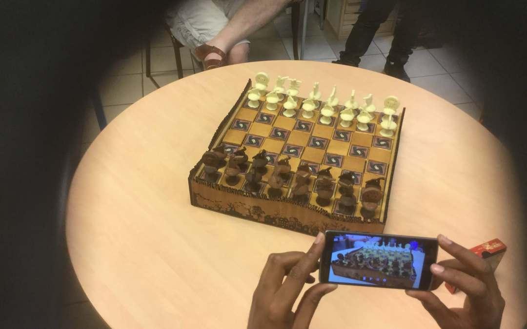 Pari gagné! Le jeu d'échec «gourmand» en pâtisserie sur le thème du «loup garou»