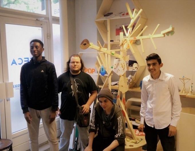 Pot Au Fab 2.0 : Un Totem pour le quartier !