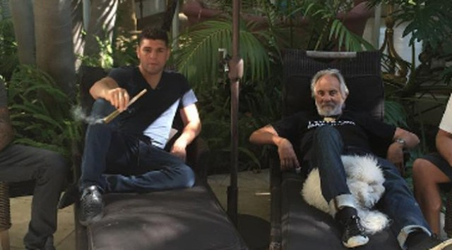 nick-diaz-tommy-chong-smoking-weed