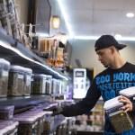 El narco mexicano mete las manos en el mercado de la marihuana legal en California