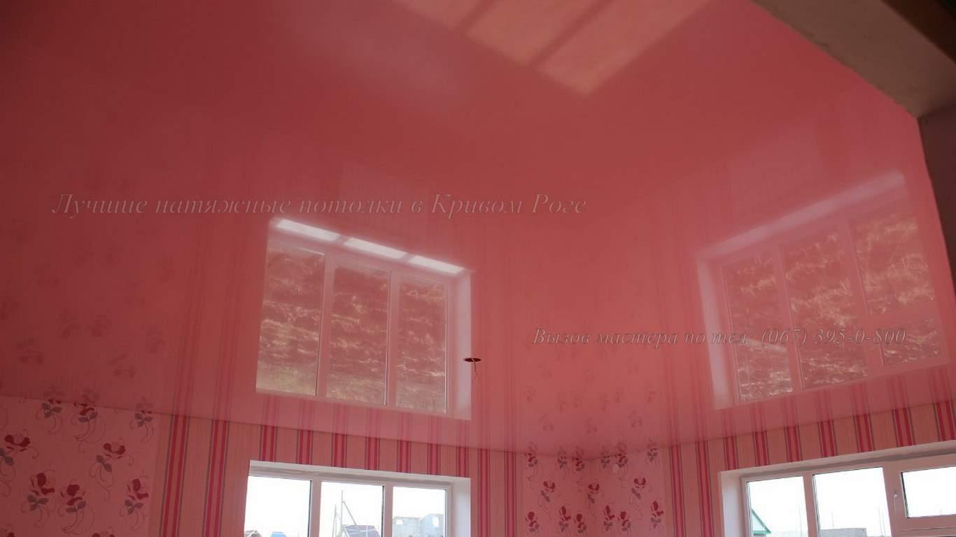 Розовые зеркальные натяжные потолки в кривом роге
