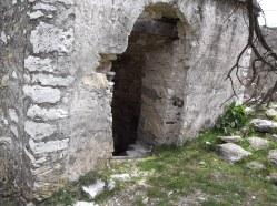 Камбанарията вход