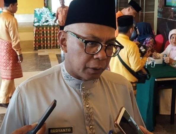 Bolak Balik Disebut di Kasus Korupsi Disdik, Gubri Bakal Lantik Rudyanto