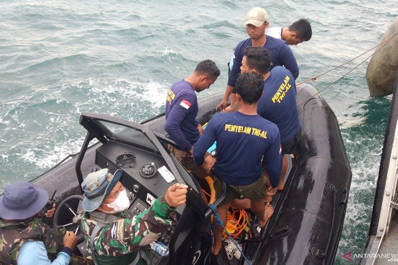 Tim Penyelam saat Mencari Kotak Hitam Sriwijaya Air SJ-182, Ini Kesaksiannya…