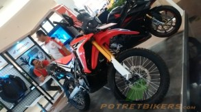 Honda CRF 250 Rally (12)