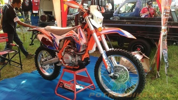 Viar Cross X 250 EC (21)